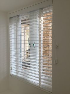 Pure white wood venetian blind with tapes installed for bedroom window Mini Blinds, Blinds For Windows, Window Blinds, Types Of Blinds, Made To Measure Blinds, Room Accessories, Other Rooms, White Wood, Home Renovation