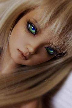 Love the wig, the sculpt. such a pretty bjd. Anyone - can you please comment the company and sculpt? Ooak Dolls, Blythe Dolls, Barbie Dolls, Antique Dolls, Vintage Dolls, Enchanted Doll, Realistic Dolls, Polymer Clay Dolls, Creepy Dolls