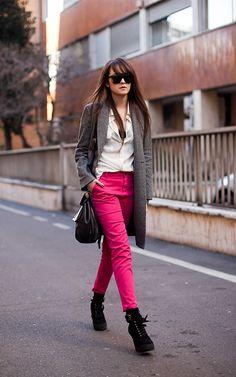 Ustedes seguidoras ¿Se atreverían con el rosa en los pantalones?