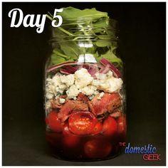 From @ - Tag 5 - Steak-Salat - 2 EL Balsamico-Vinaigrette . Mason Jar Meals, Meals In A Jar, Salad In A Jar, Soup And Salad, Salad Recipes, Healthy Recipes, Jar Recipes, Simple Recipes, Make Ahead Meals