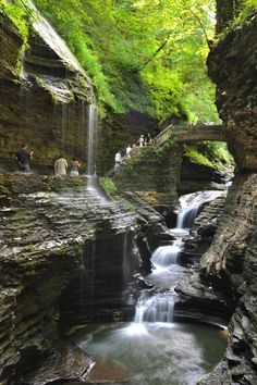 Watkins Glen State Park is the most famous of the Finger Lakes State Parks, with a reputation for leaving visitors spellbound. Within two miles, the glen's stream descends 400 feet past 200-foot cliffs, generating 19 waterfalls along its course. The gorge path winds over and under waterfalls and through the spray of Cavern Cascade. Rim trails overlook the gorge.