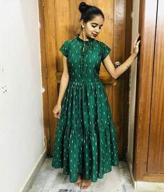 Trendy Dresses, Fashion Dresses, Diamond Jhumkas, Green Dress Outfit, Black Anarkali, Gown Party Wear, Designer Anarkali Dresses, Saree Blouse Neck Designs, Frock For Women