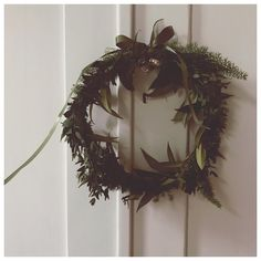 """23 tykkäystä, 1 kommenttia - Heli Thorén (@heliingeborg) Instagramissa: """"LAZY DAYS   when you have time to start a wreath factory with the kids. Happy times! • • #wreath…"""""""