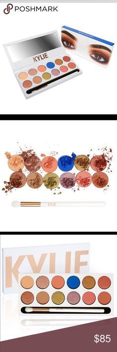 "👁Got U Coved! Kylie's Nip Peach Eyeshadow Palette 💞Nip Kylie's Newest ""The Royal Peach KYShadow Palette/Is On it's way! With 12 ""On Trend"" Shadows+Brush ""SOLD OUT"" in minutes/Ltd Amt Available! Shadows R: Sorbet(matte lgt tangerine) Seashell(metallic pink champagne) Peachy(matte brt peach) Royal(satin brt royal blue) Queen Bee(metallic shimmery caramel) Duke(metallic red copper) Duchess(metallic brt cinnamon) Sandy(matte med tan) Mojito(metallic golden green) North Star(metallic soft…"