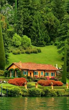45 Trendy Home Exterior Cottage Cabin Wonderful Places, Beautiful Places, Cabins And Cottages, Log Cabins, Trendy Home, Cottage Homes, Beautiful Landscapes, My Dream Home, Beautiful Homes