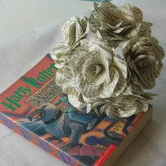 6 x Harry Potter Paper Roses Book Page Paper by WearedCrafts