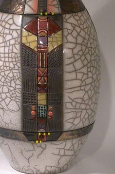 Raku Pottery, Korean Pottery, Statues, Hand Built Pottery, Clay Design, Pottery Designs, Jar Lids, Ceramic Vase, Decoration