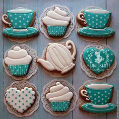 Wonderful gingerbread set | Купить Имбирный пряник Чаепитие - пряники детям, белый, подарок на рождение, подарок маме Crazy Cookies, Mother's Day Cookies, Birthday Cookies, Cupcake Cookies, Sugar Cookies, Cupcakes, Teapot Cookies, Coffee Cookies, Spice Cookies
