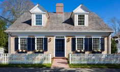 Cape Style Homes, Cape Cod Style House, Cape Cod Homes, Cape Cod Exterior, Cape Cod Cottage, Hgtv Dream Homes, Cedar Roof, Modern Floor Plans, New England Homes