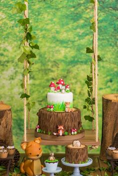 Check out Matteo's Enchanted Forest Birthday Party featured here at Kara's Party Ideas. It is filled with adorable little animals, and perfect decor! Fox Party, Baby Party, Animal Party, Fairy Birthday Party, Garden Birthday, Birthday Party Themes, Enchanted Forest Party, Woodland Party, Party Ideas