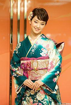 Ayame Gouriki - actress