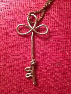 Wire key pendent no chain by PoppysWireDesigns on Etsy