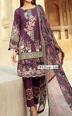 Pakistani Lawn Suits, Pakistani Dresses, Fashion Pants, Fashion Dresses, Add Sleeves, Lawn Fabric, Shalwar Kameez, Indian Outfits, Dress Making