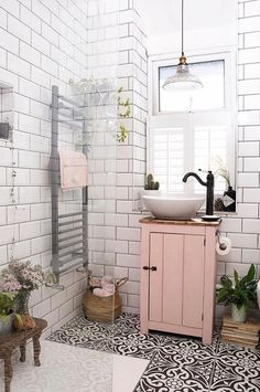 home design ideas 22 pretty pink room design ideas Bad Inspiration, Bathroom Inspiration, Home Decor Inspiration, Bathroom Inspo, Home Ideas, Simple Bathroom, Blush Bathroom, Pink Bathrooms, Bathroom Colours