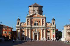 Modena, Italia, 25 marzo 2017, inaugurazione della ristrutturazione Cattedrale di Carpi dopo il terremoto, Modena, Italia — Foto Editoriale Stock © frizio #152385748