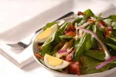 This recipe is filed in Copycat Restaurant Recipes and has these ingredients Bennigans Bennigan's Hot Bacon Dressing – goes so well over fresh baby spinach and other greens.