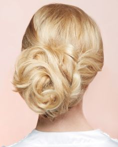 Our favorite DIY hairstyles for your wedding day