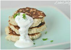 Gluten free Cauliflower fritters - the perfect recipe to make your kids love veggies! ---- glutenfreie Blumenkohlpfannkuchen - so liebt jedes Kind dieses Gemüse!