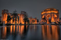 Palace-of-fine-arts-san-francisco-california// This was one of my favorite places to visit in SF... so beautiful...
