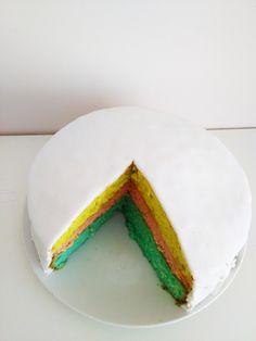 Regenboogcake bakken | Allihoppa