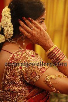 Jewellery Designs: Bride in Classy Ara Vanki