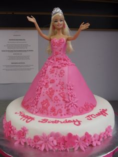 Children's Cakes - Sweet Violet Cake Company, pic only