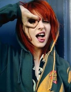 Hayley Williams of Paramore- Amazing voice and gorgeous red hair! <3 her.