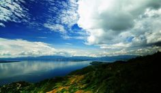 One of the most mesmerizing places to visit in Indonesia on your honeymoon is Lake Toba – a large volcanic lake set against the picturesque mountains for an enchanting view. Go swimming, water skiing, canoeing and fishing at the town of Parapat. Take a leisurely walk in the beautiful Naborsahon River Valley, explore the traditional architecture of Batak Toba house compounds and visit Simanindo where traditional Batak ritual dances and music are performed.