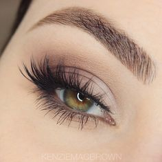 Beautiful look @kenziemacbrown BROWS: #BrowWiz in medium brown EYES: single shades in shades Blanc, Day Rate, Dusty Rose and Beauty Mark LASHES: @houseoflashes Iconic lashes #anastasiabeverlyhills #anastasiabrows