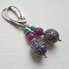 Srebrne kolczyki z rubinem,oraz zielonym onyksem. #rubin #srebro #jewelry #silver cudosfera.pl