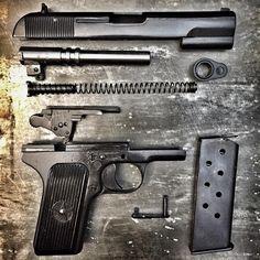 source Weapons Guns, Guns And Ammo, Tactical Knives, Tactical Gear, Benelli M4, Firearms, Shotguns, Assault Rifle, Cool Guns
