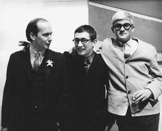John Kasmin (center) with artists Joe Tilson and David Hockney. Photo: Eric Sutherland, Walker Art Center