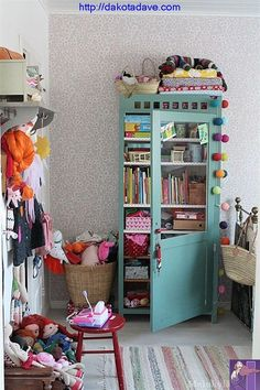 trendy bedroom storage for small rooms kids Small Room Bedroom, Trendy Bedroom, Girls Bedroom, Bedroom Ideas, Small Rooms, Kids Rooms, Cool Kids Bedrooms, Toy Rooms, Room Kids