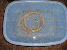 ZAVÍRKA MIRAHELKA – pletynek – album na Rajčeti Paper Basket, Apples, Plates, Tableware, Wicker, Hampers, Licence Plates, Dishes, Dinnerware