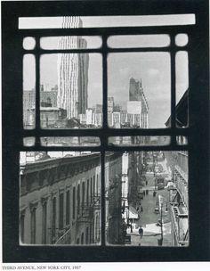 Andre Kertesz New York, Avenue, 1937 Andre Kertesz, Urban Photography, Color Photography, Street Photography, Minimalist Photography, Classic Photography, Exposure Photography, Monochrome Photography, Black And White City