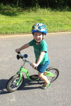 Yay for balance bikes! (And the GOOD kind of peer pressure...click for post)