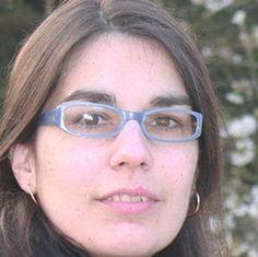 Alzheimer dá prémio europeu a investigadora portuguesa.  //  A investigadora portuguesa Rita Guerreiro, da University College London, no Reino Unido, vai receber o Prémio Europeu do Jovem Investigador atribuído pela Association pour la Recherche sur Alzheimer, uma organização francesa ligada à investigação sobre aquela doença.