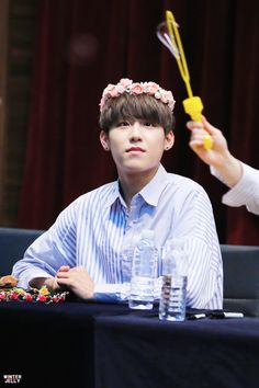 Wanna One Woojin