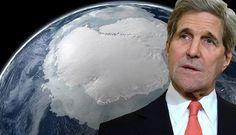 El actual secretario de estado en los Estados Unidos, John Kerry, el día de las elecciones presi...