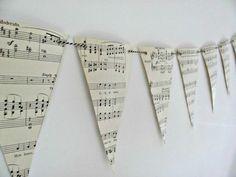 54 idées de guirlandes en papier pour une décoration joyeuse - Page 6 sur 7 - Des idées
