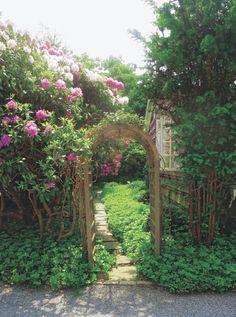 Hamptons Garden Design - Homes In The Hamptons