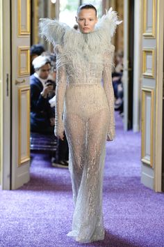 Magdalena Frackowiak for Francesco Scognamiglio - Haute Couture Fall/Winter 2016 - Paris Fashion Week.