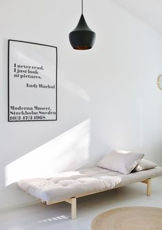 8 Modern Daybeds That Creating A Cozy Atmosphere in Your Space Metal Daybed, Wood Daybed, Upholstered Daybed, Daybed With Trundle, Contemporary Daybeds, Modern Daybed, Modern Room, Modern Decor, Scandinavian Living