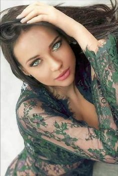 Most Beautiful Faces, Gorgeous Eyes, Pretty Eyes, Stunning Girls, Beautiful Models, Gorgeous Women, Beautiful Indian Actress, Beautiful Actresses, Beauty Full Girl