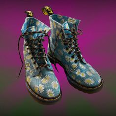 combat oxeye / moon daisy blue doc martens boots