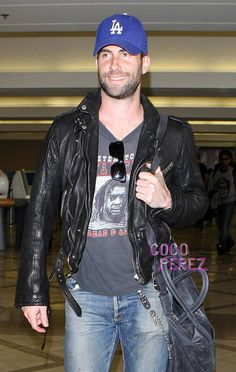 Adam Levine. Love the airport style. Adam And Behati c2e0881f2c8