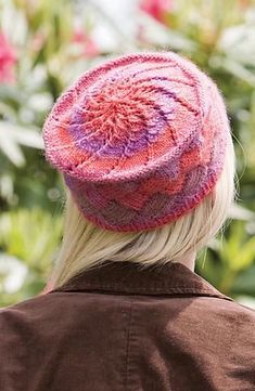 Ravelry: Chroma Entrelac Hat and Fingerless Mitts (Hat) pattern by Leslie V. Johnson