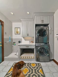 Dog bed and dog shower in a renovated laundry. I love the idea of a dog shower. Laundry Room Design, Laundry In Bathroom, Laundry Area, Laundry Room Remodel, Laundry Baskets, Small Laundry Rooms, Home Design, Smart Design, Modern Design