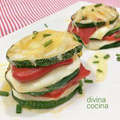 Estas milhojas de calabacín, queso y pimiento se preparan en un momento y resultan un plato perfecto para lucirte. Los ingredientes son sencillos.