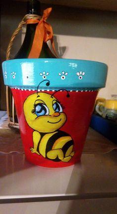 Flower Pot Art, Clay Flower Pots, Flower Pot Crafts, Clay Pots, Clay Pot Projects, Clay Pot Crafts, Painted Plant Pots, Painted Flower Pots, Homemade Plant Food